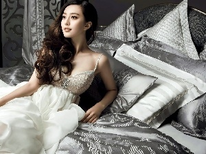 White Bed, Fan Bingbing, Shirt