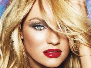 Candice Swanepoel, make-up